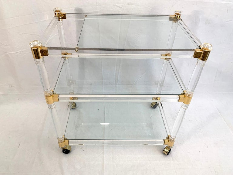 Mid-Century Modern Brass and Lucite Bar Cart or Trolley with Glass Top For Sale