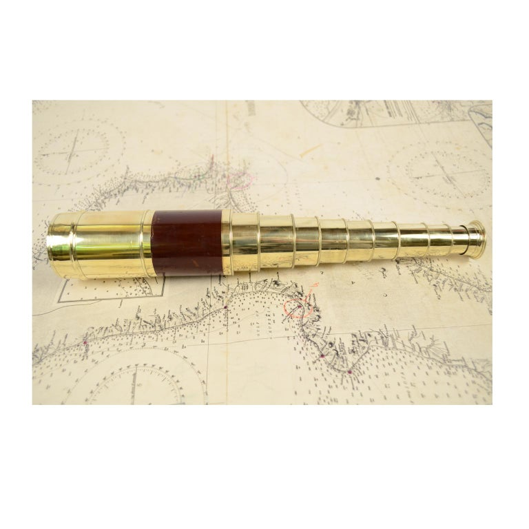 Brass and Mahogany Telescope with Nine Extensions, France, Mid-1800s For Sale 1