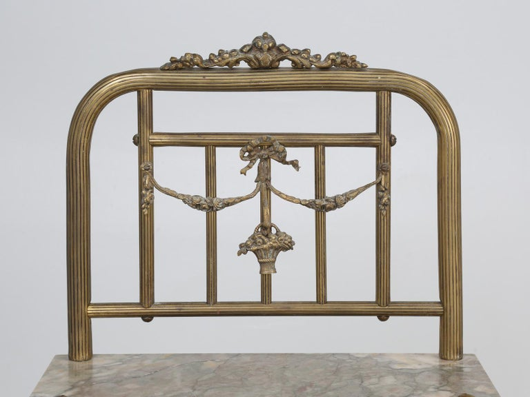 Machine-Made Brass and Onyx Nightstand For Sale
