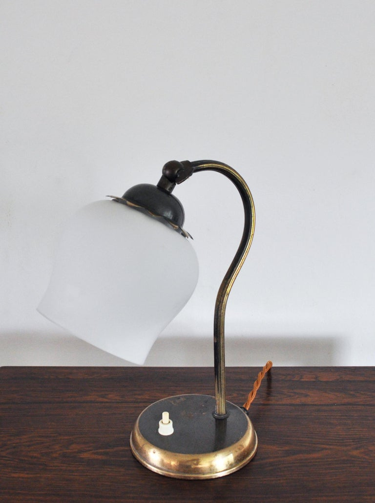 Brass and Opaline Glass Art Deco Table Lamp, Scandinavia, 1930s For Sale 4