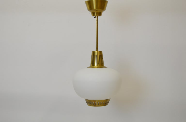 20th Century Brass and Opaline pendant by Hans Bergström For Sale