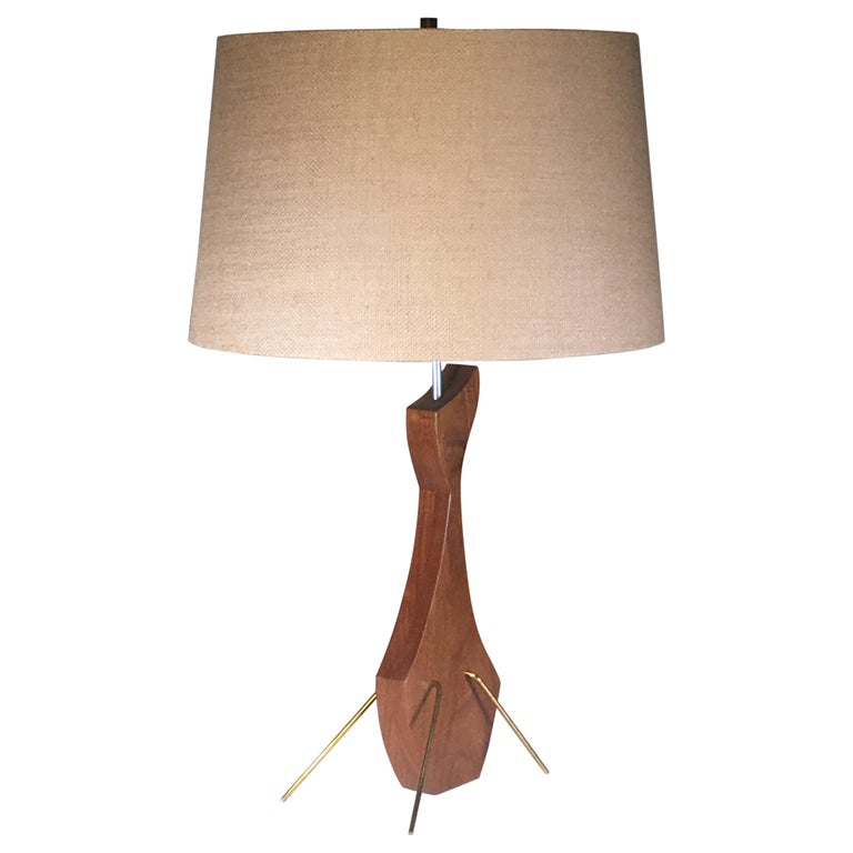 Brass and Walnut Table Lamp in the Manner of Heifetz For Sale