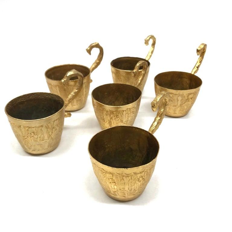 Brass Barrel on Stand, Serving Tray Beverage Drink Cup Set Vintage In Good Condition For Sale In Nürnberg, DE