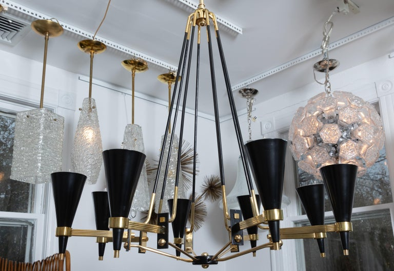 20th Century Brass and Black Enameled Metal Chandelier Featuring Conical Shades, by Stilnovo For Sale