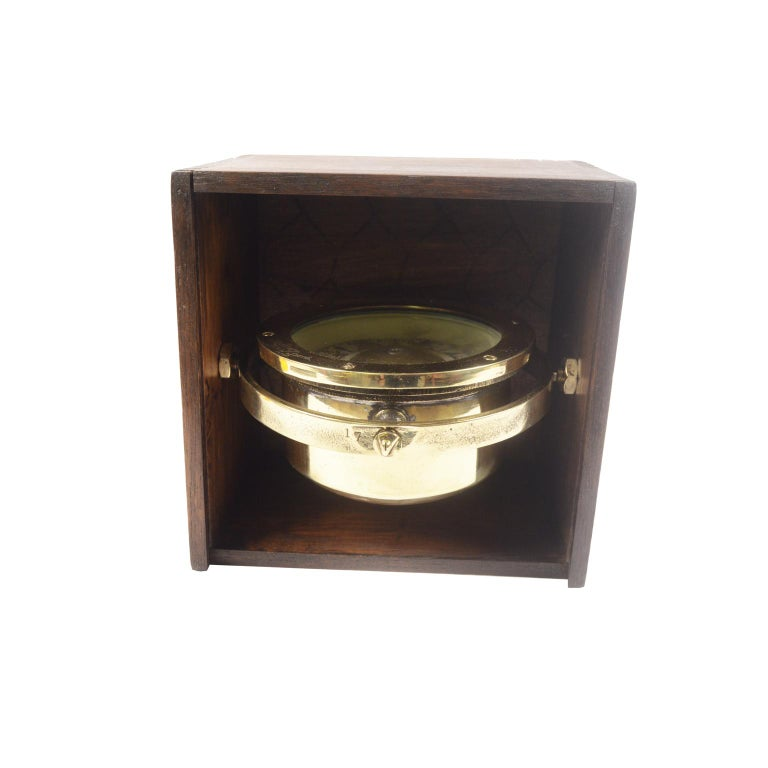 British Brass Compass in its Original Wooden Box, circa 1880 For Sale