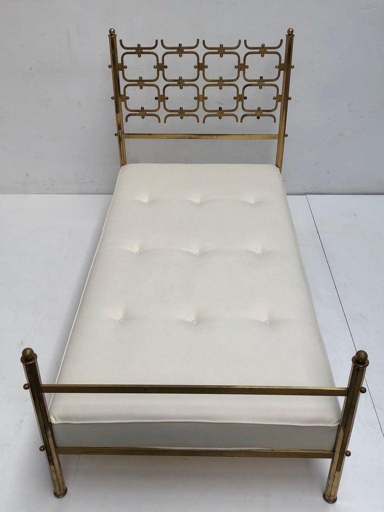 Brass Day Bed by Borsani and Sculptor Arnaldo Pomodoro , circa 1958 For Sale 4
