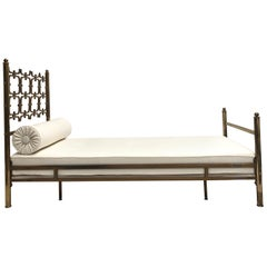 Metal Beds and Bed Frames