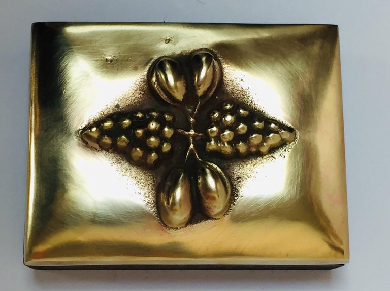 Brass Decorative Trinket Box In Good Condition For Sale In North Hollywood, CA