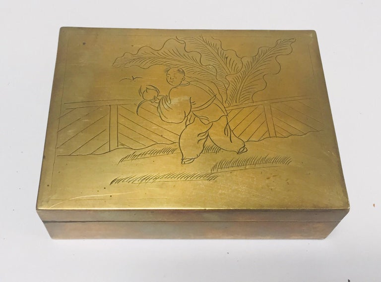 Chinese Brass Decorative Trinket Box For Sale