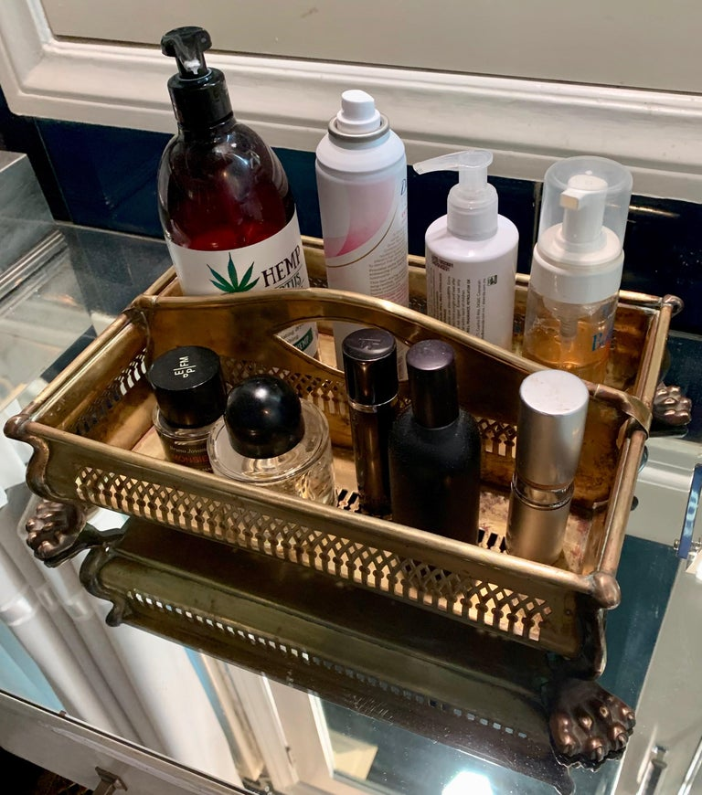 Brass Desk Vanity Caddy with Lion Feet For Sale 1