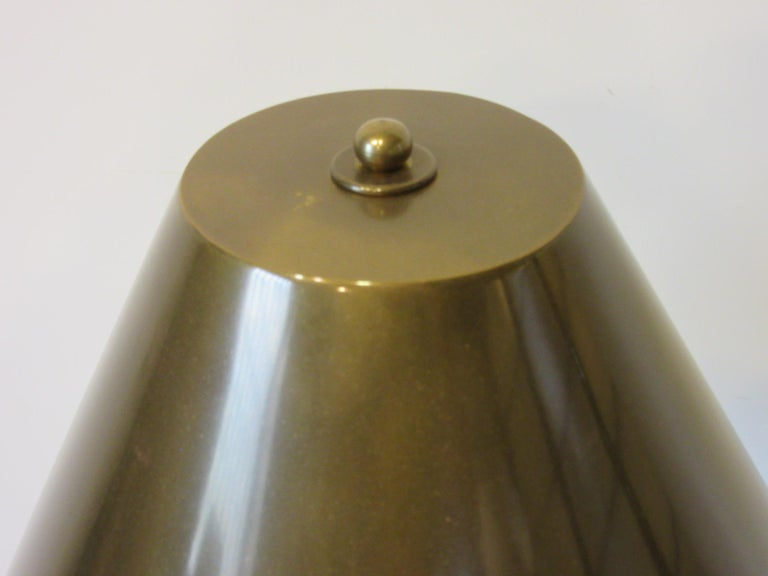 Brass Floor Lamp in the Style of Chapman In Good Condition For Sale In Cincinnati, OH