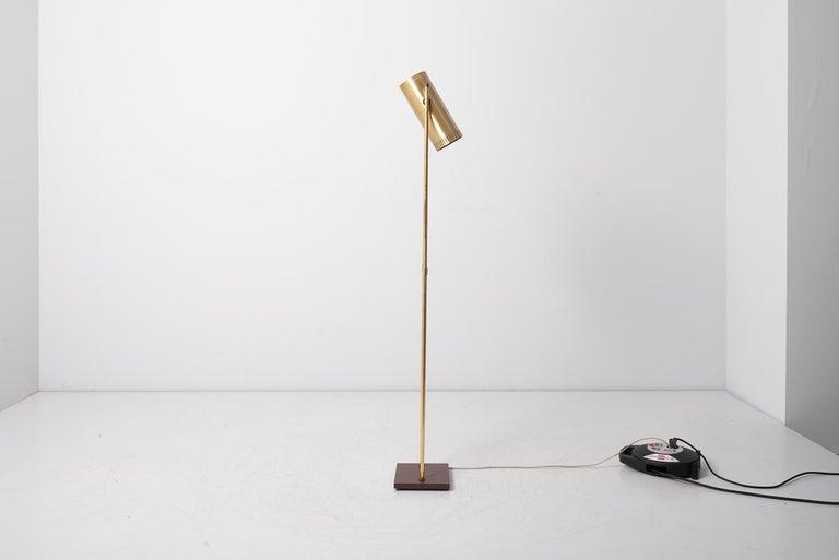 Danish Brass Floor Lamp 'Trombone' by Jo Hammerborg for Fog & Mørup, Denmark, 1960s For Sale
