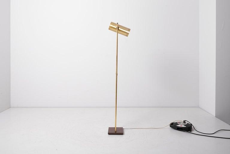 20th Century Brass Floor Lamp 'Trombone' by Jo Hammerborg for Fog & Mørup, Denmark, 1960s For Sale