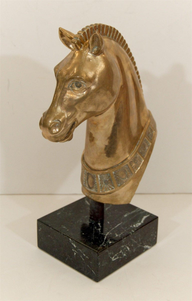 Brass Horse Head Sculpture on Marble Base In Good Condition For Sale In Stamford, CT