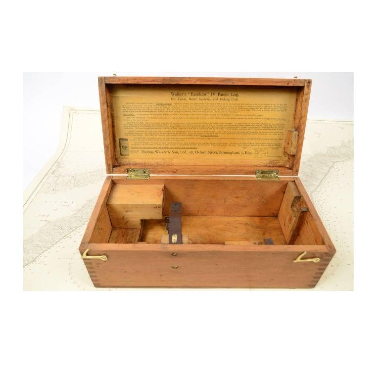 Brass Log Signed Walker's Excelsior IV Patent Log, 1920 circa For Sale 15