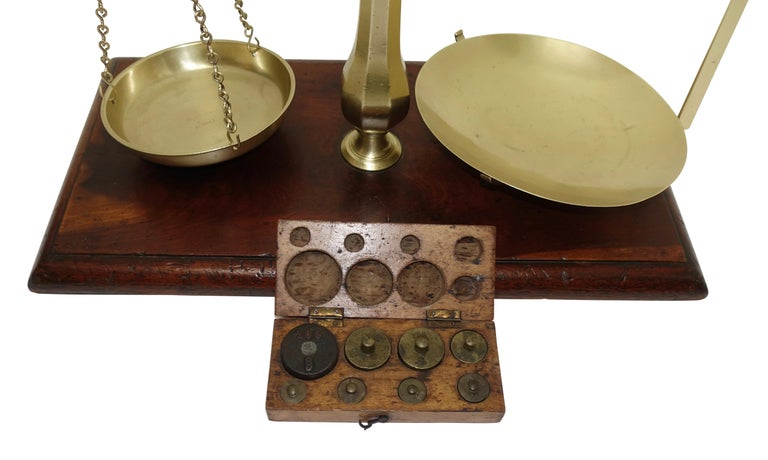 Brass Merchants Scale on Mahogany Base with Weights, English, 19th Century For Sale 2