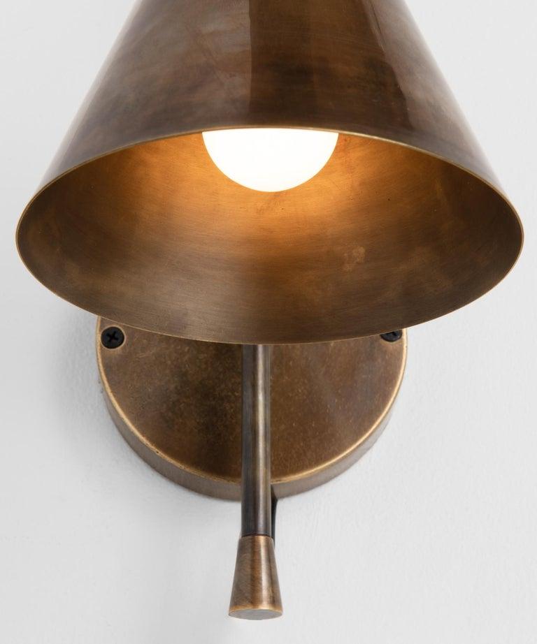 Mid-Century Modern Brass Modern Sconce, Italy, 21st Century For Sale