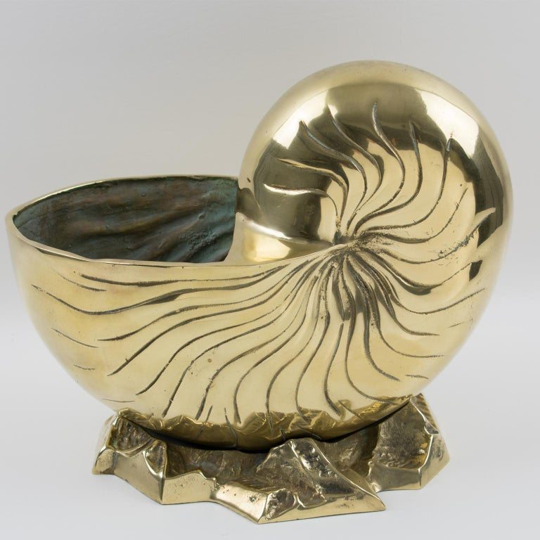 Brass Nautilus Sea Shell Wine Cooler Bottle Holder Vase Planter Cachepot In Excellent Condition For Sale In Atlanta, GA