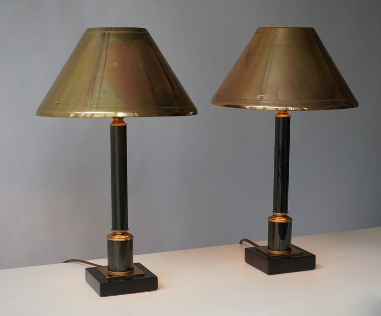 Hollywood Regency Brass Neoclassical Style Column Table Lamps, 1970s, Set of 2 For Sale