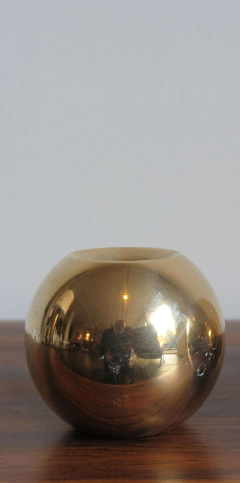 Scandinavian sphere candleholder candlestick in solid brass, Denmark, 1950s.