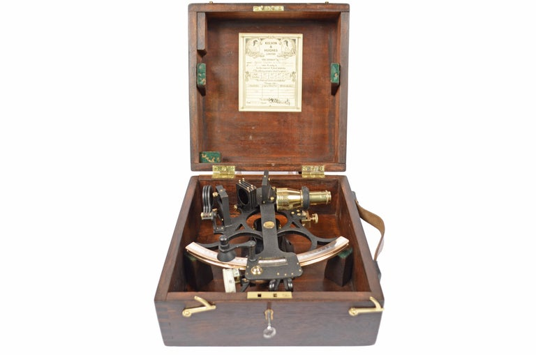 Brass sextant signed Husun ??Trade Mark and made by Kelvin & Hughes Limited at the end of the 1940s, a company operating for about 250 years and specialized in the creation of nautical instruments; instrument complete with optics and placed in an