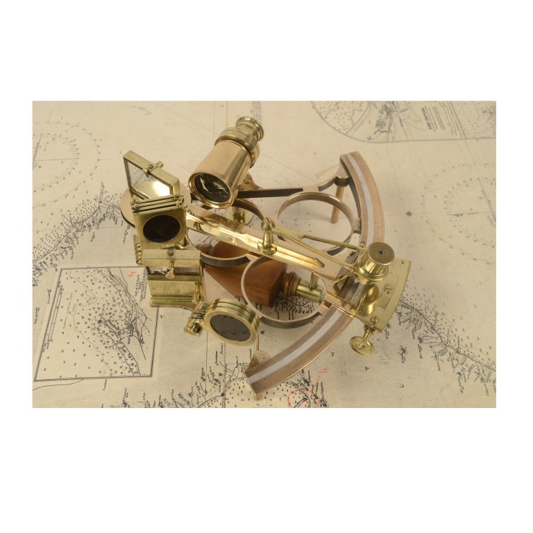 Brass Sextant Made in the Second Half of the 19th Century in Its Original Box For Sale 2