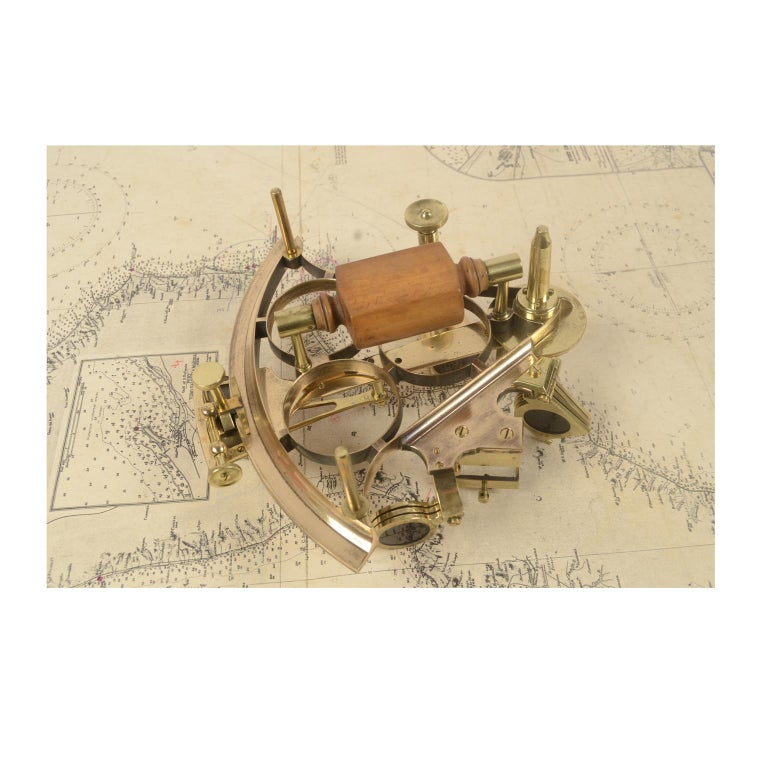 Brass Sextant Made in the Second Half of the 19th Century in Its Original Box For Sale 4