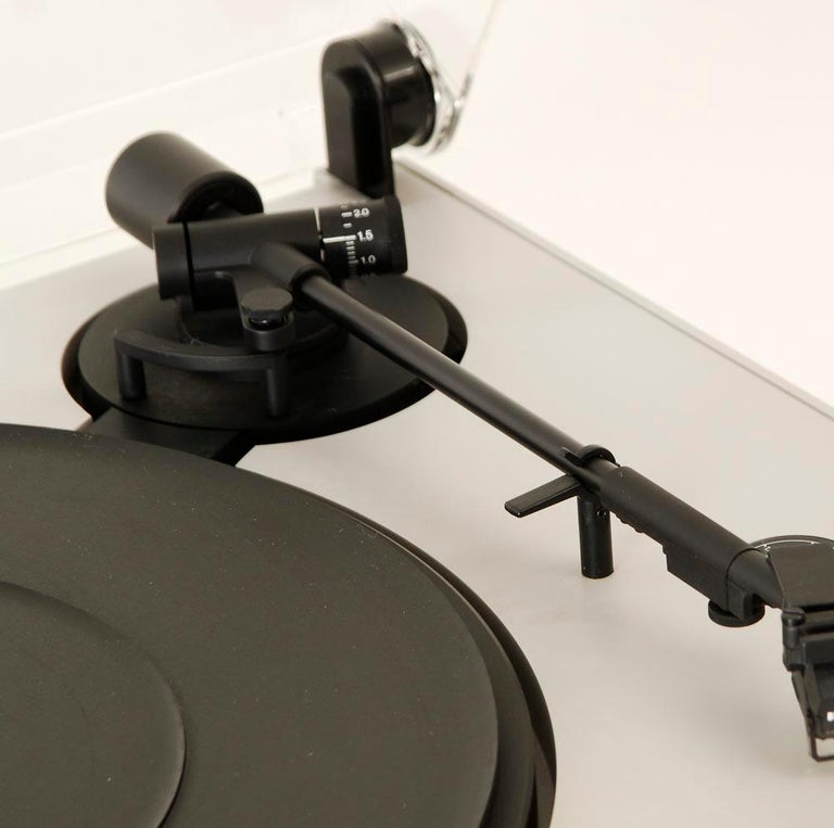 Braun P3 Record Player Designed by Dieter Rams, 1980s 4