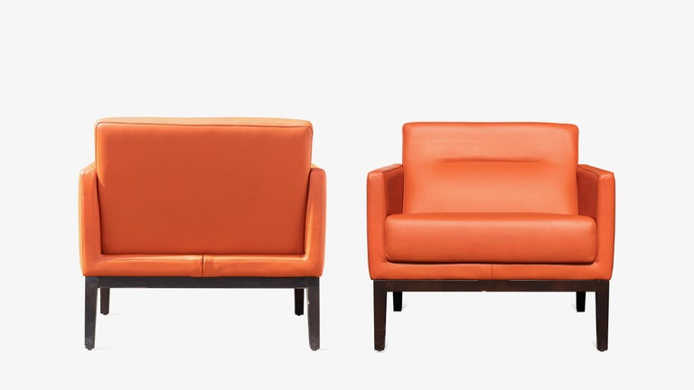 Brayton International Club Chairs in Orange Leather, Pair In Good Condition For Sale In Wilton, CT