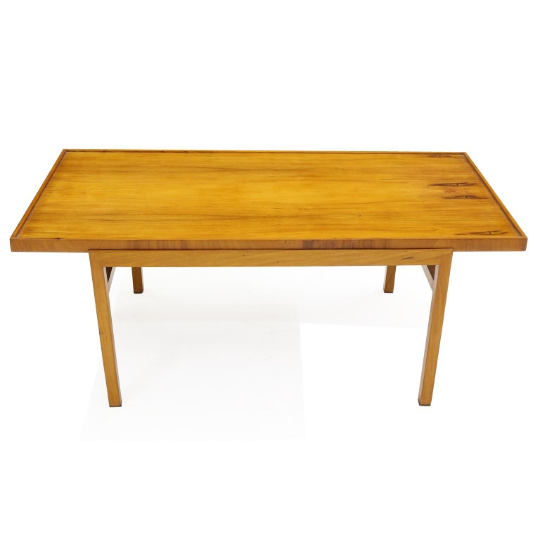 20th Century Brazilian 1950's  Midcentury Coffee Table in Caviúna Wood by Peter Kraft For Sale