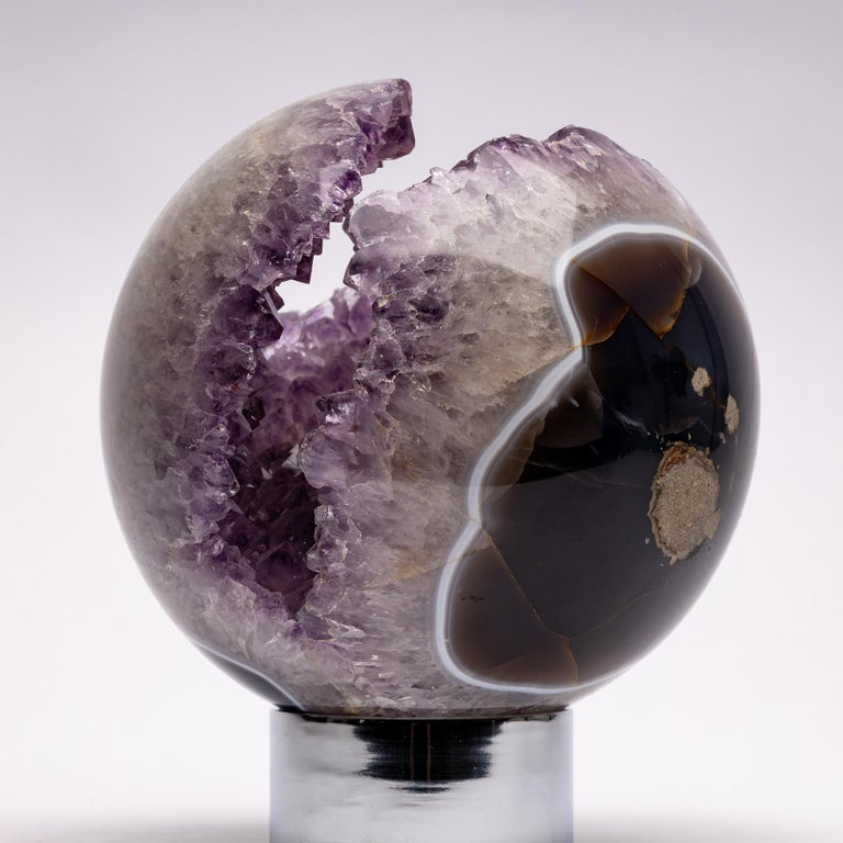 Brazilian Amethyst Quartz Crystal Sphere Mounted on a Nicke-Plated Metal Ring For Sale 3