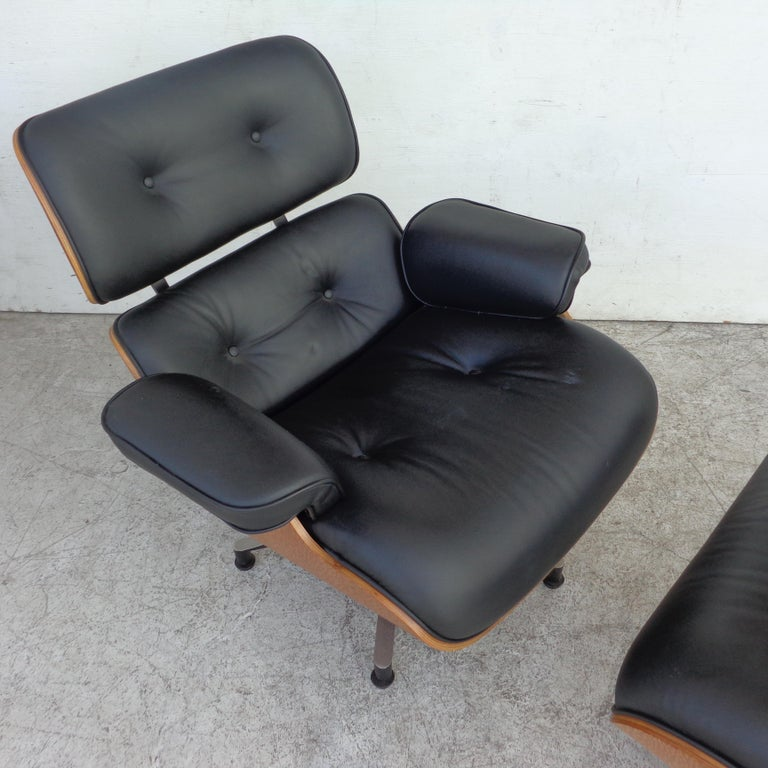 Mid-Century Modern Black Brazilian Artesia Eames Lounge and Ottoman  For Sale