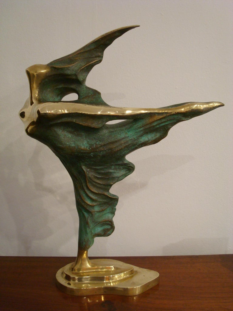 Late 20th century Brazilian bronze figure of a dancing woman sculpture by Domenico Calabrone, 1970s. Marked and numbered on the base 013.