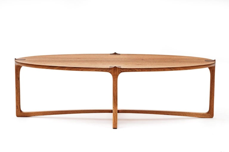 Handmade Coffee Table in Hardwood, Brazilian Contemporary Design In New Condition For Sale In Atibaia, Sao Paulo