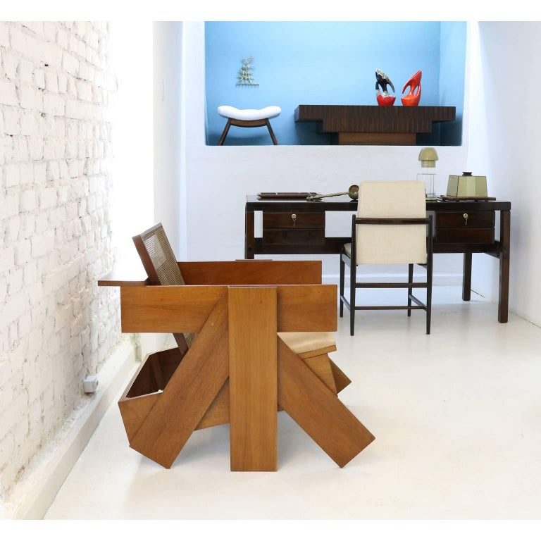Hand-Crafted Brazilian Contemporary Design by Rodrigo Almeida Construtivista chair in Mahog For Sale