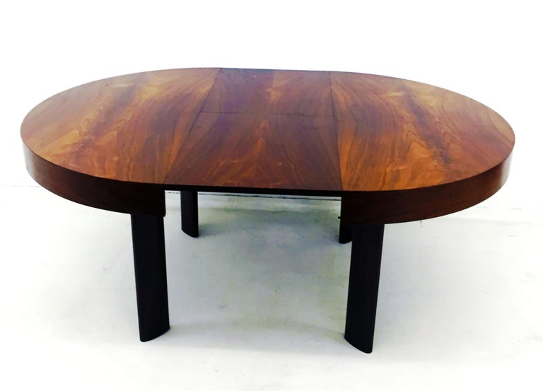 Mid-Century Modern Brazilian Dinner Table in Rosewood For Sale