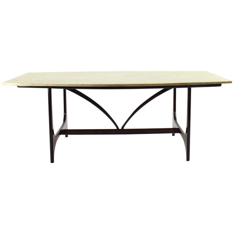 Brazilian Midcentury Brasilia Table in Rosewood Attributed to Joaquim Tenreiro For Sale
