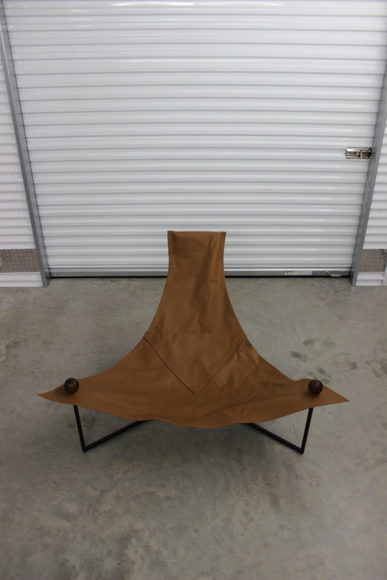 Brazilian Mid-Century Modern Arraia Chair by Jorge Zalszupin Brown In Good Condition For Sale In Houston, TX