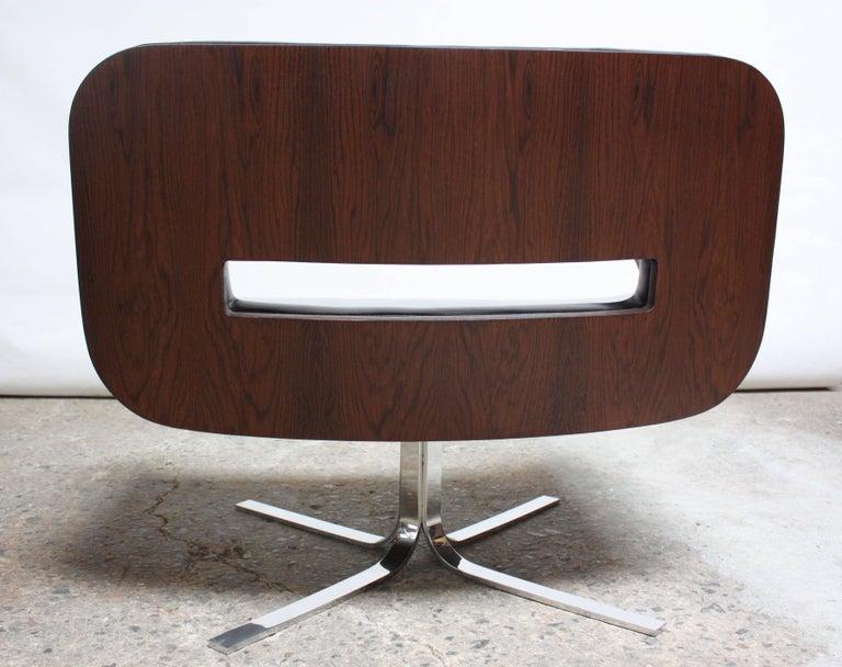 Brazilian Modern Jacaranda and Leather Swiveling Lounge Chair by Jorge Zalszupin For Sale 4