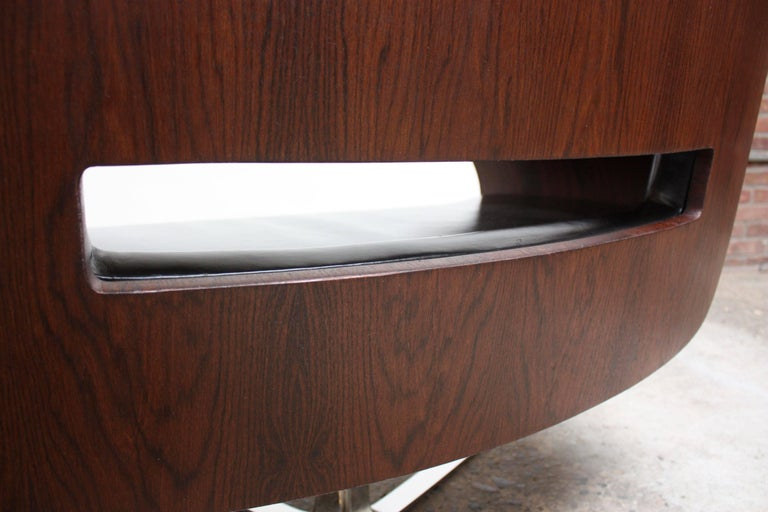 Brazilian Modern Jacaranda and Leather Swiveling Lounge Chair by Jorge Zalszupin For Sale 7