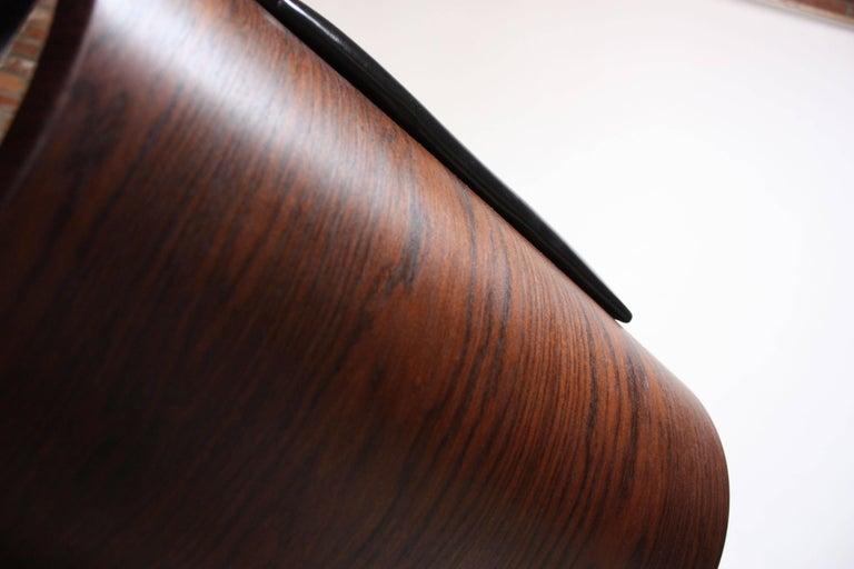 Brazilian Modern Jacaranda and Leather Swiveling Lounge Chair by Jorge Zalszupin For Sale 13