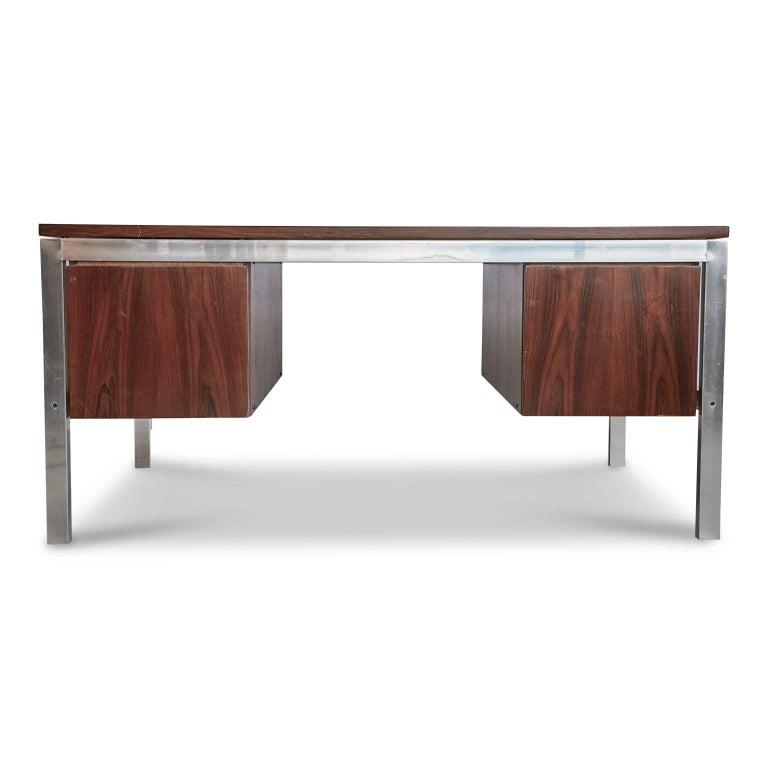 Late 20th Century Brazilian Rosewood and Aluminum 'Escriba' Desk by Tora Brazil, circa 1970 For Sale
