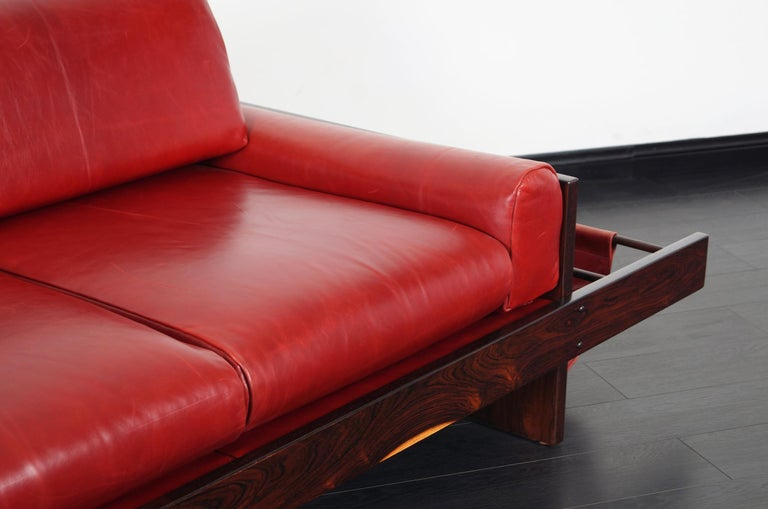 Vintage Brazilian Rosewood and Leather Sofa Attributed to Celina Moveis In Excellent Condition For Sale In Burbank, CA