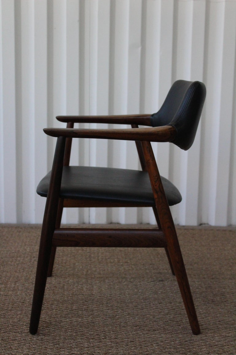 Mid-Century Modern Brazilian Rosewood Armchair by Svend Åge Eriksen for Glostrup, Denmark, 1960s For Sale
