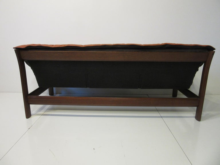 Brazilian Rosewood / Leather Sofa by Percival Lafer 4