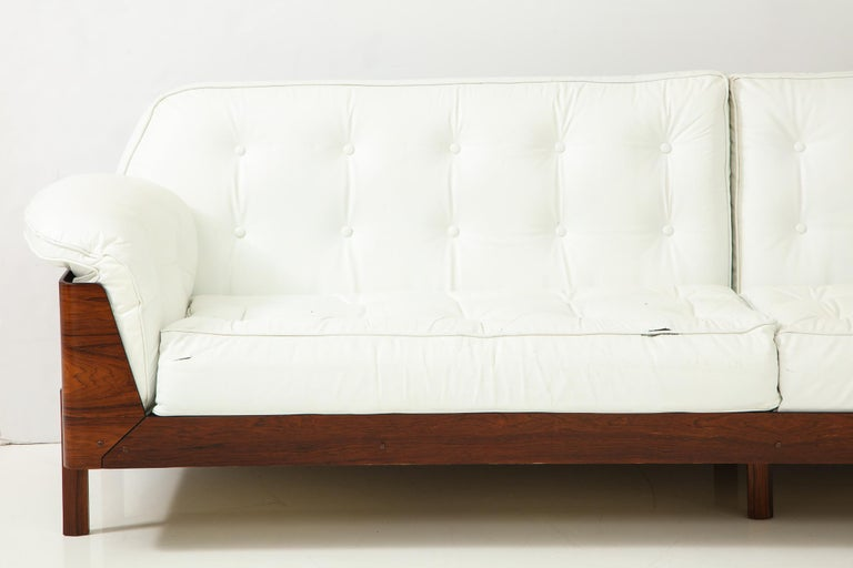 Brazilian Sofa in Jacaranda and Leather For Sale 6