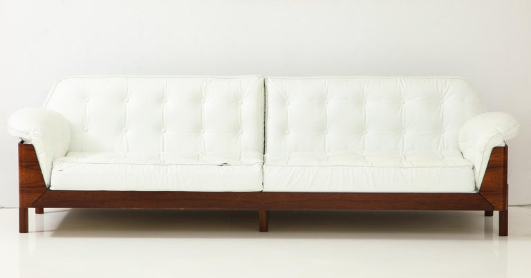 Brazilian Sofa in Jacaranda and Leather In Good Condition For Sale In New York, NY