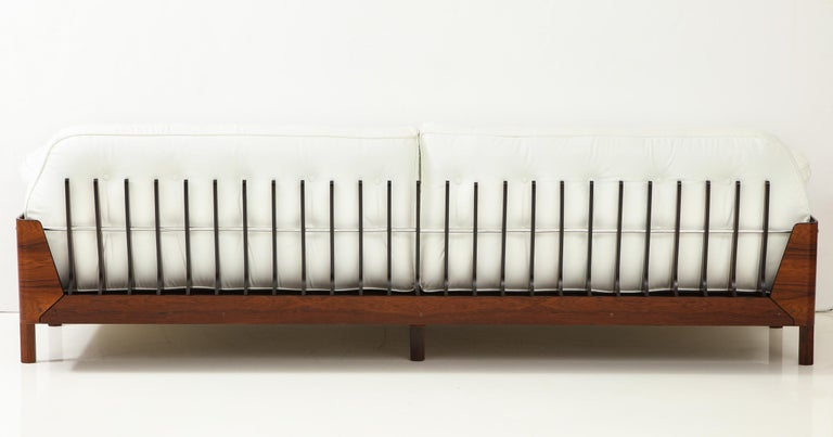 Brazilian Sofa in Jacaranda and White Leather by J.D. Moveis e Decoracoes For Sale