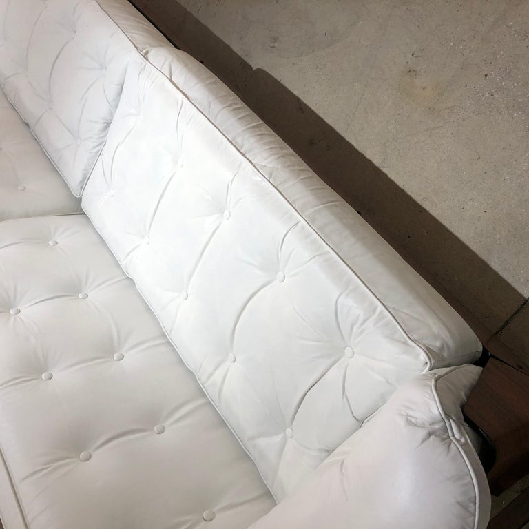 Brazilian Sofa in Jacaranda and White Leather For Sale 3
