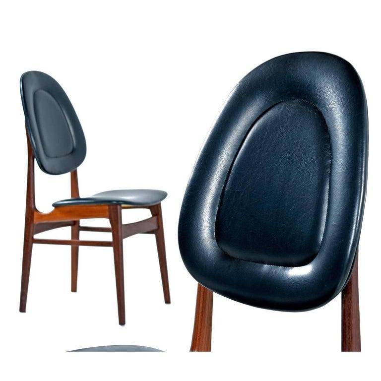 Brødrene Sørheim Norwegian Walnut Dining Chairs Set of Six For Sale 1